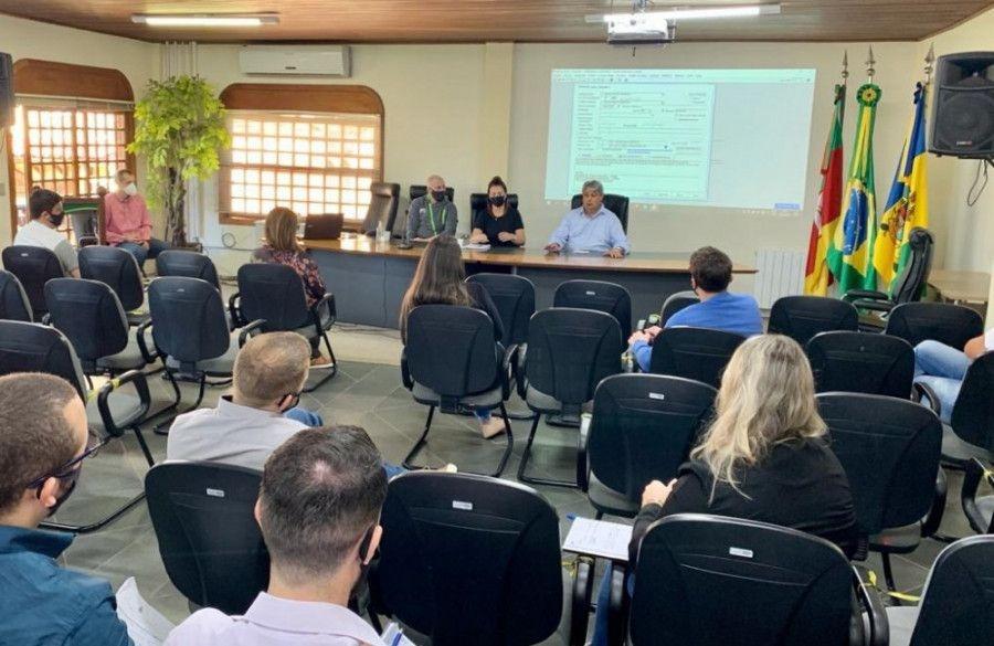 Prefeitura de Gramado capacita servidores