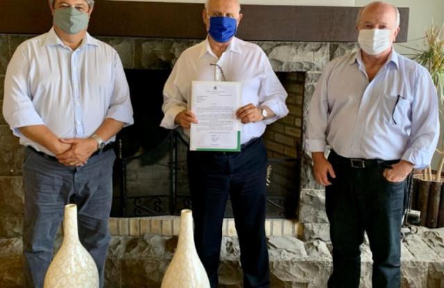 Executivo garante mais R$ 500 mil em recursos federais para pavimentação de Gramado.